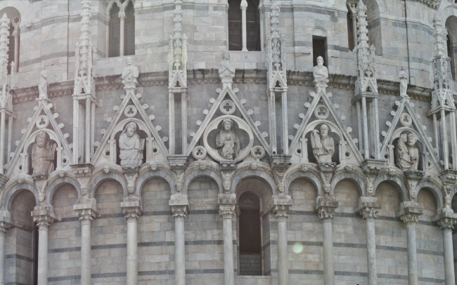 architettura classica duomo decorazioni