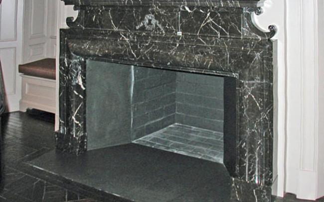 Arredo di Interni Caminetto in marmo Verde Alpi