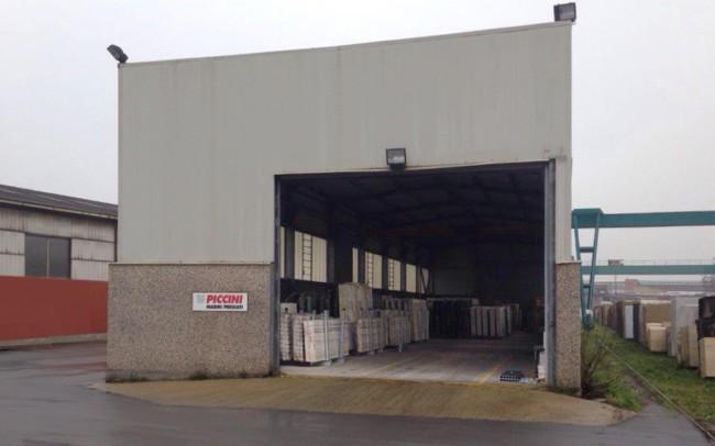 piccini-marble-carrara-warehouse