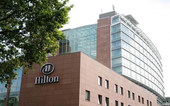Hilton Hotel Francoforte marmo Rosso Ambatomanga 4
